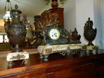 Set Ceas+Sfesnice Pentru Semineu soclu marmura