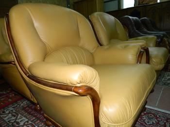 Set canapea 3 locuri+2 fotolii piele naturala 100%