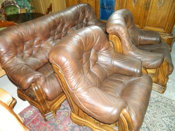 Set canapea 3 locuri+2 fotolii piele naturala 100% lemn stejar
